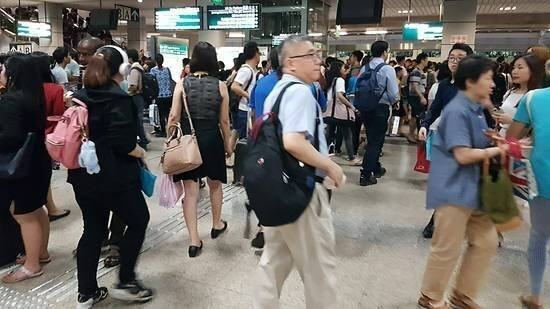 Express Hair Cut Business In High Traffic MRT Station For Takeover