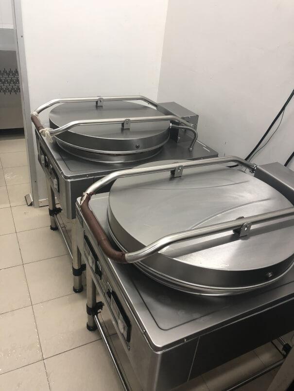 Central Kitchen for sale/ 靠近市区中央厨房食品厂转让(Ava执照)